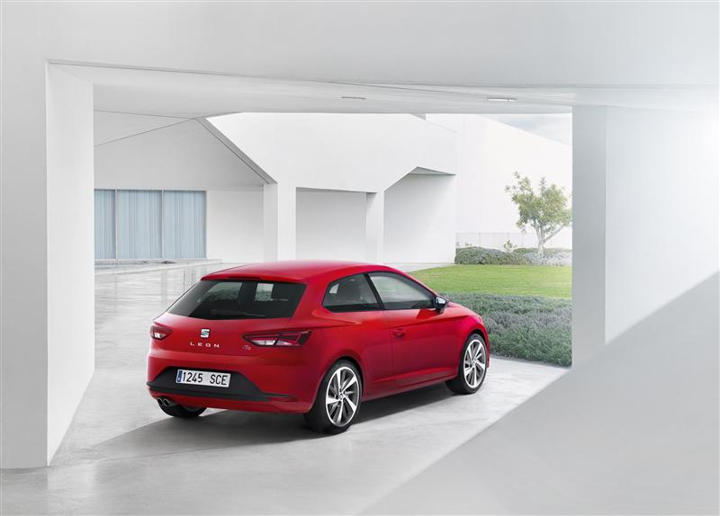 2014 Seat Leon Wallpapers