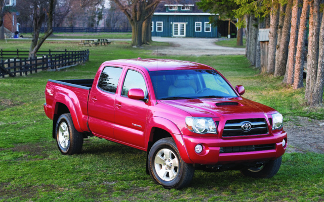 2014 Toyota Tacoma Wallpapers