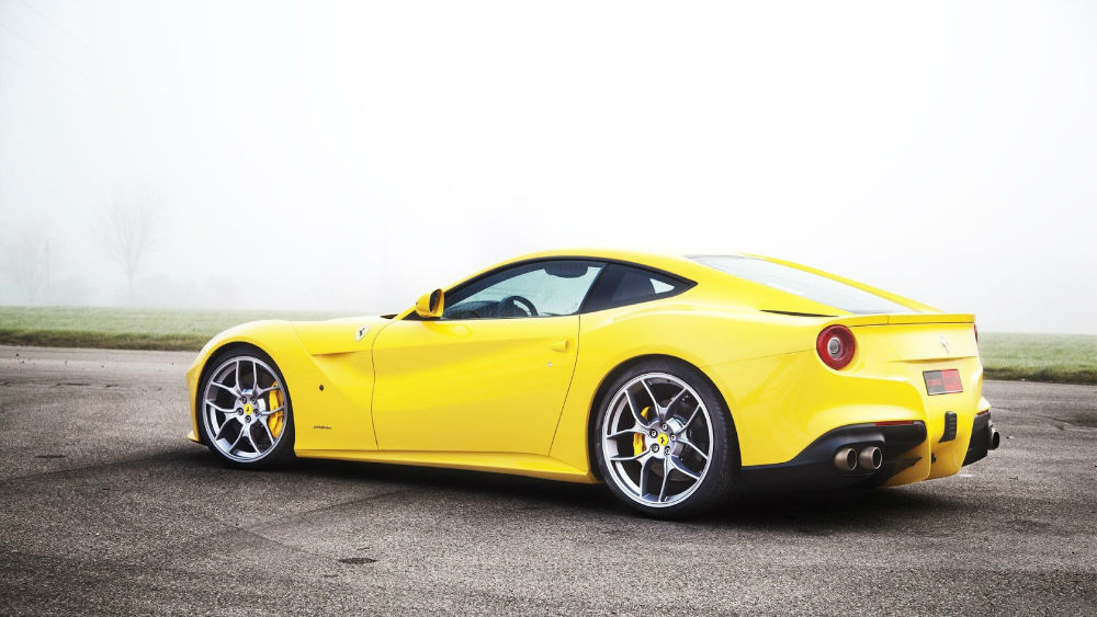 2014 ferrari f12 berlinetta spyder yellow - Ferrari 2014 Yellow