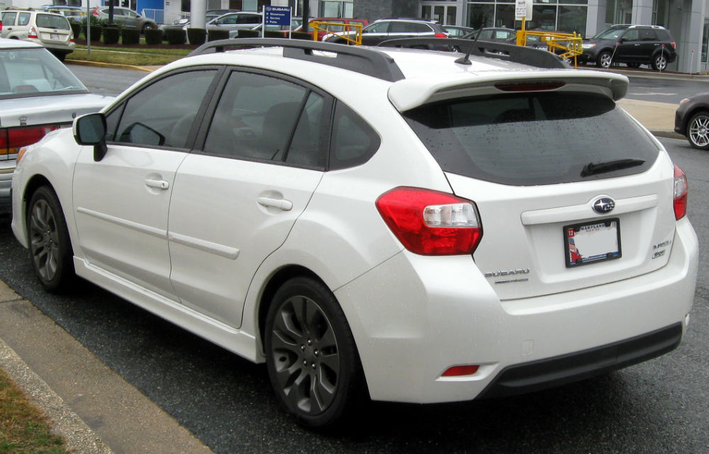 2014 subaru impreza hatchback white. Black Bedroom Furniture Sets. Home Design Ideas