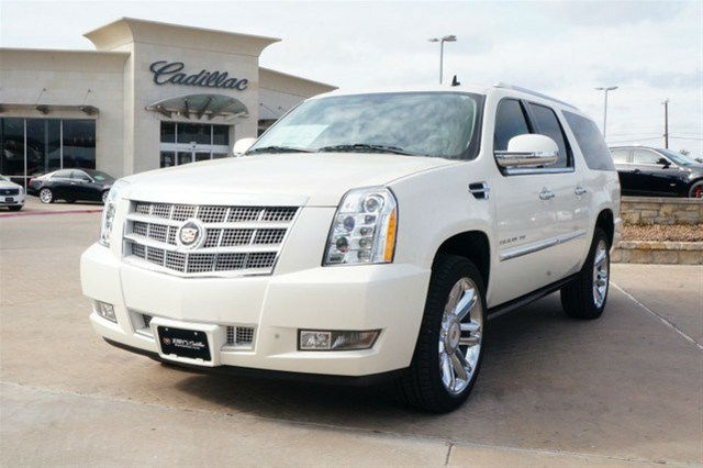 2014 cadillac escalade esv whtie. Cars Review. Best American Auto & Cars Review