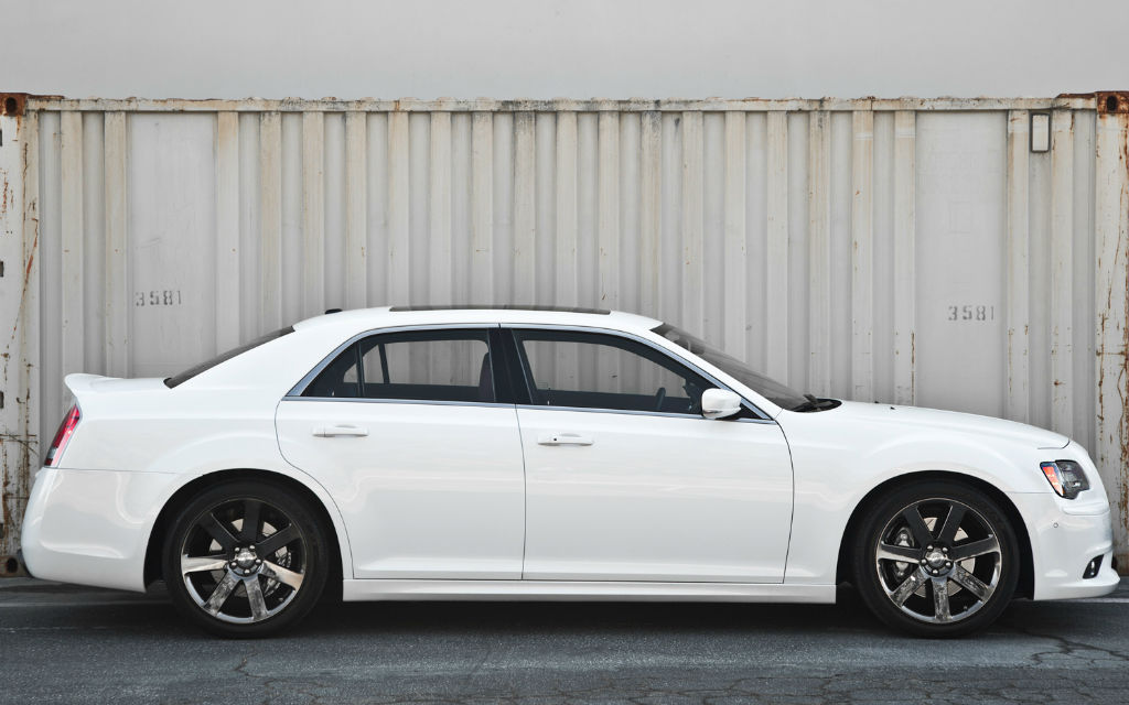 2014 Chrysler 300c SRT8