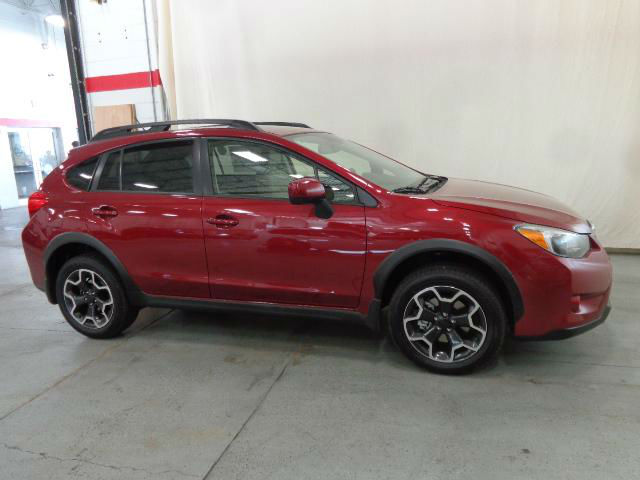2014 subaru xv crosstrek facelift. Black Bedroom Furniture Sets. Home Design Ideas