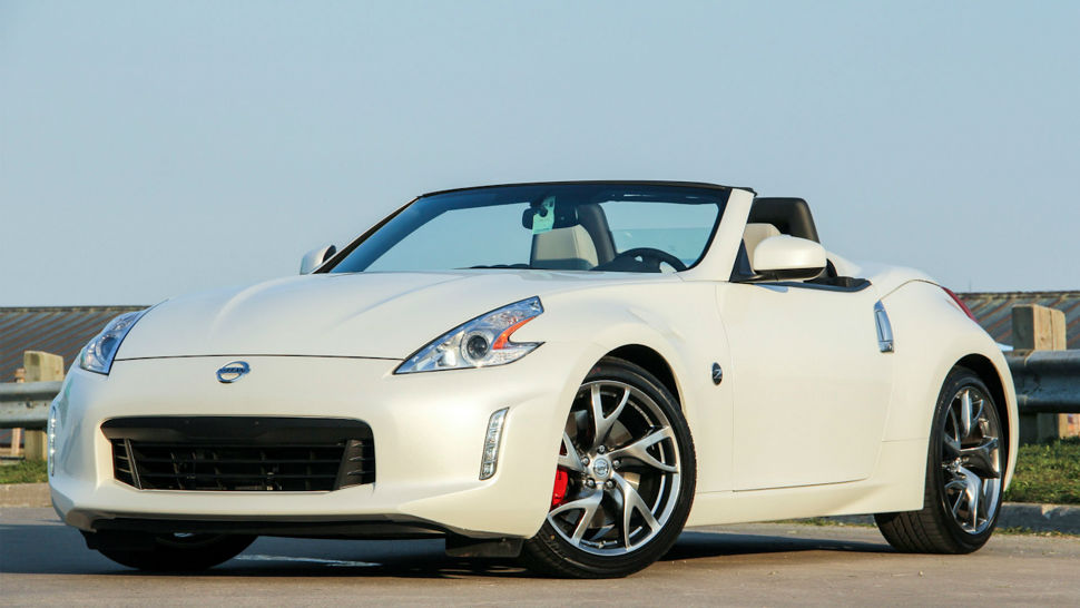 2014 Nissan Z Roadster White