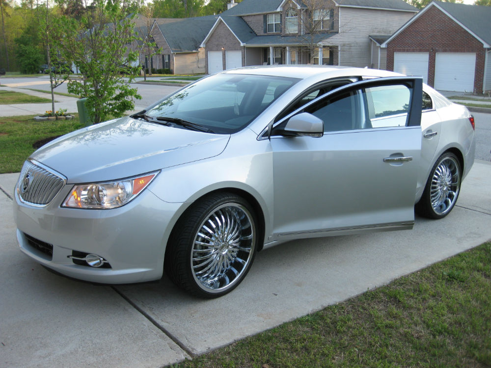 Buick lacrosse on 24s galleryhip com the hippest galleries