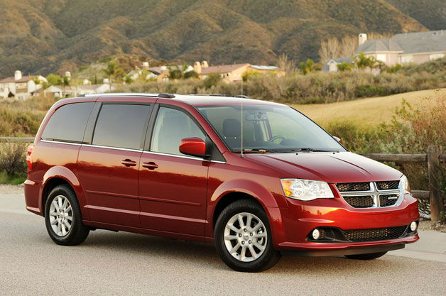 2013 chrysler town country cars magazine. Black Bedroom Furniture Sets. Home Design Ideas