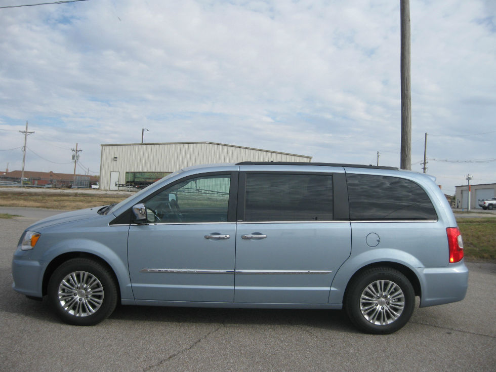 2013 chrysler town and country touring wallpaper. Cars Review. Best American Auto & Cars Review