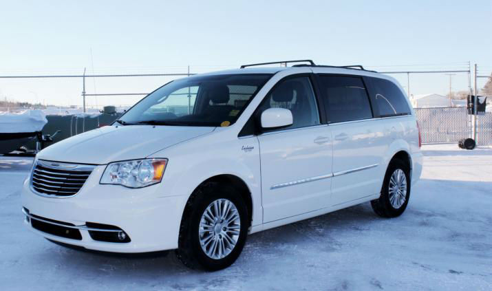 2013 chrysler town and country white. Cars Review. Best American Auto & Cars Review