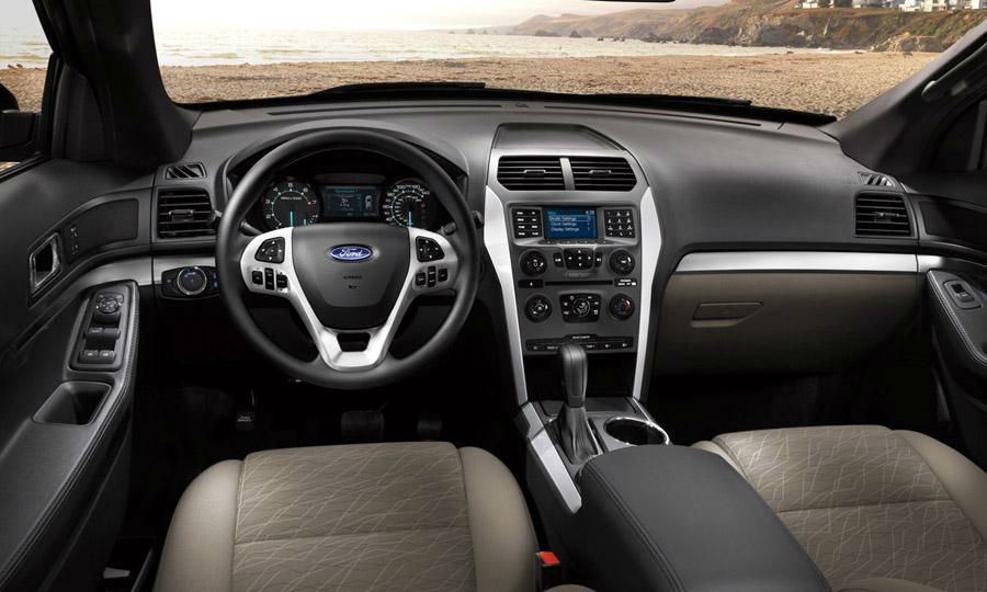 2013 ford explorer interior