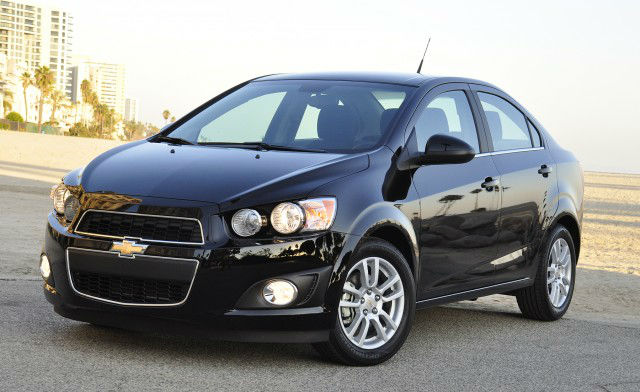 Hummer Gas Mileage >> 2013 Chevrolet Sonic | Cars Magazine