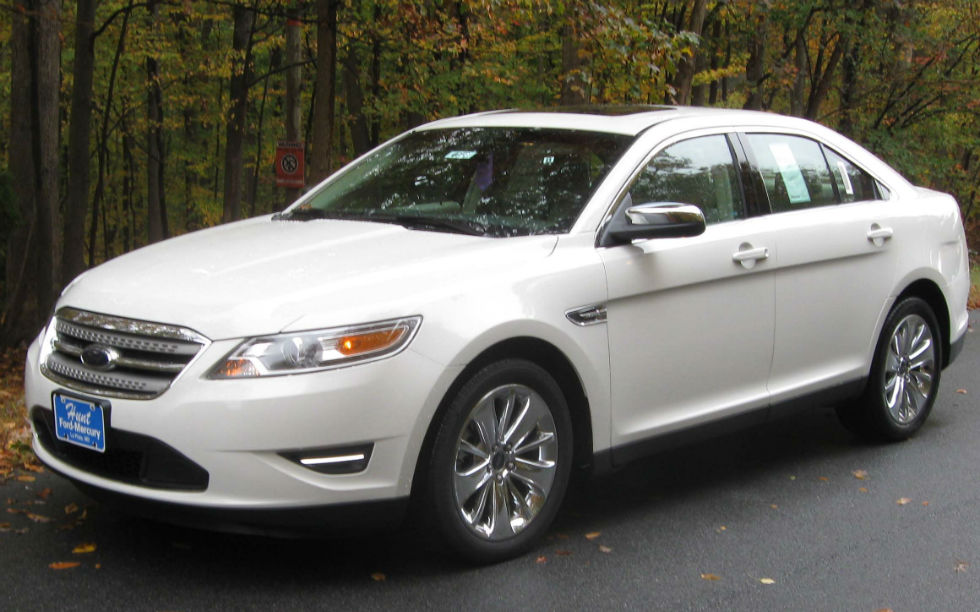 2013 ford taurus limited white. Cars Review. Best American Auto & Cars Review