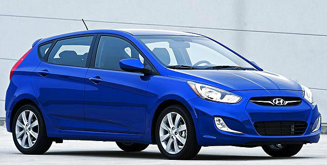 2013 hyundai accent blue. Black Bedroom Furniture Sets. Home Design Ideas