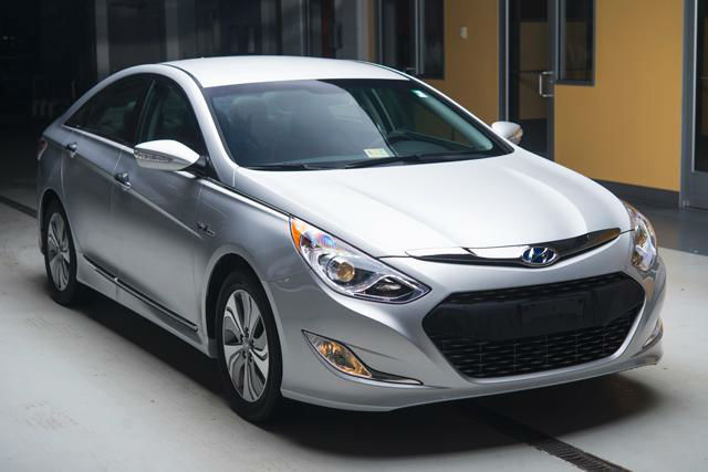 2013 hyundai sonata hybrid limited white. Black Bedroom Furniture Sets. Home Design Ideas