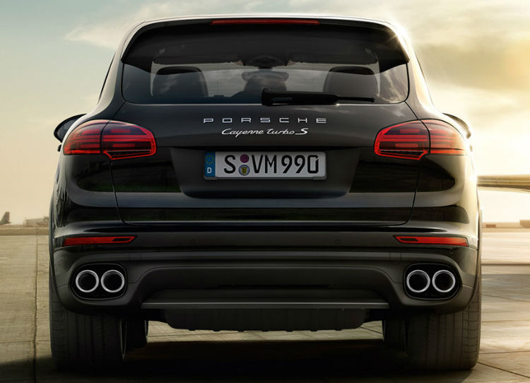 2017 Porsche Cayenne Turbo S Taillight