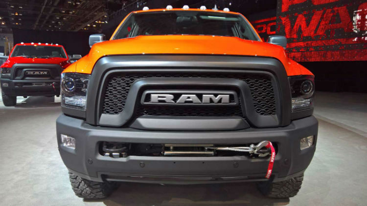 RAM 2017 Grille