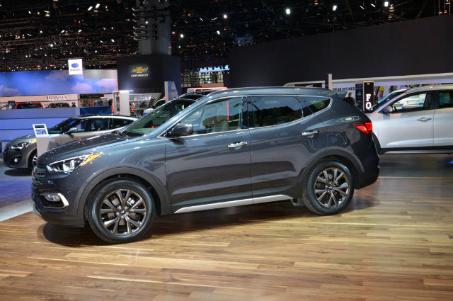 2017 Hyundai Santa Fe Sport Ultimate AWD Package