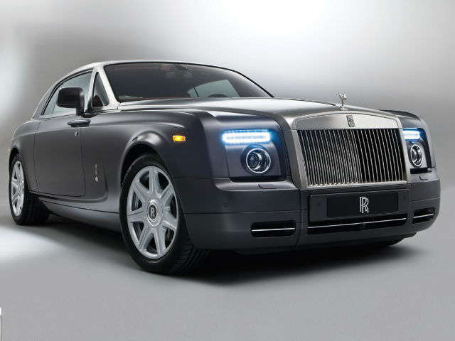 2017 Rolls-Royce Phantom Coupe