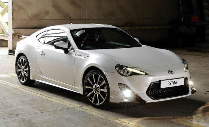 2017 Scion FRS White