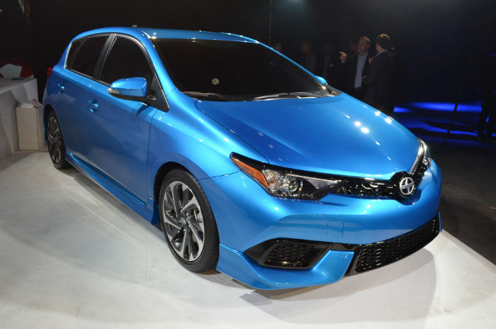 2017 Scion iM Model