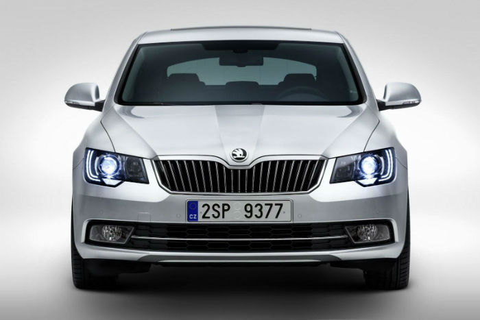 2017 Skoda Superb Facelift