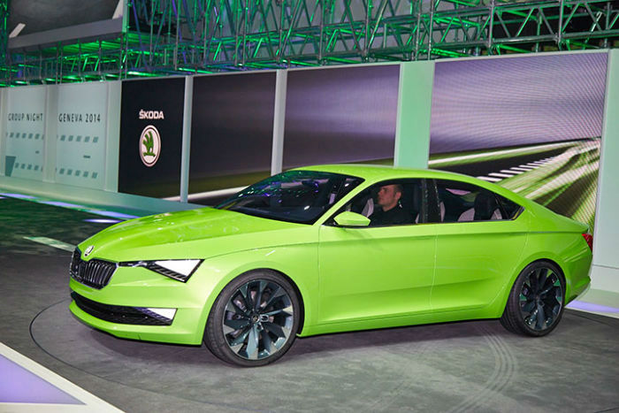 New Skoda Superb 2017