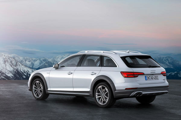2017 Audi A4 Allroad Model