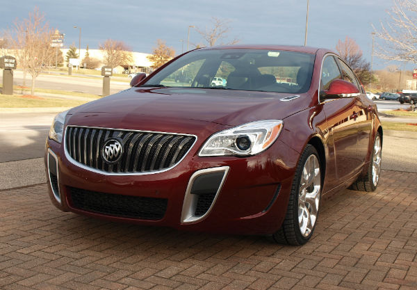 2017 Buick Regal Redesign